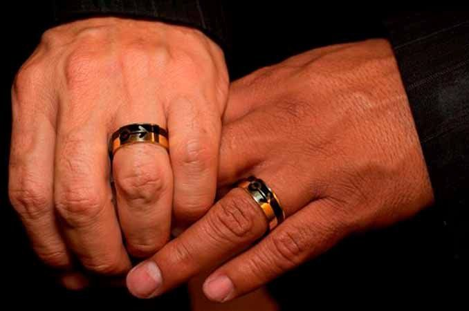 Tmx 1360928294153 Gayweddingringsklp1 Genova wedding videography