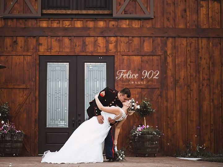 Tmx 1526701114 61e174e34a233d05 1526701114 1e5137edab228045 1526701113203 3 32407081 208070370 Lancaster, MO wedding venue