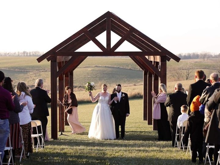 Tmx B606f020 E7a6 472c 9114 F375020f4f4a 51 1004004 158669843281713 Lancaster, MO wedding venue