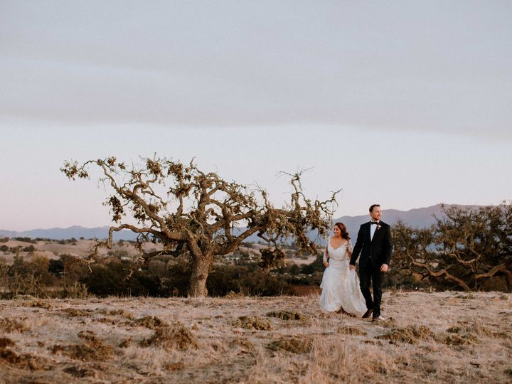 Tmx 1529457424 Ca1d21efbd3b22db 1529457418 4209d90a9604f53c 1529457402337 14 Joshua Web 19 Santa Barbara, California wedding photography