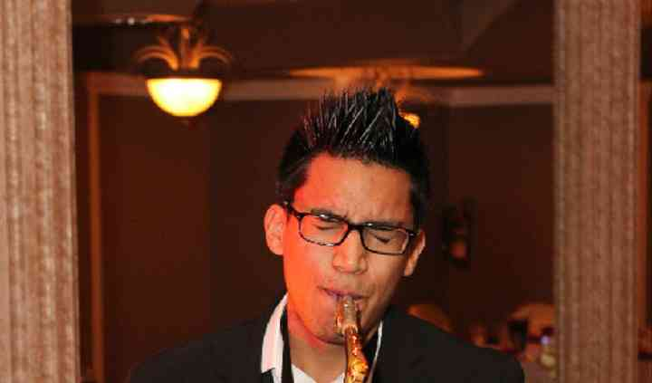 Amin Baghallian - Saxophonist