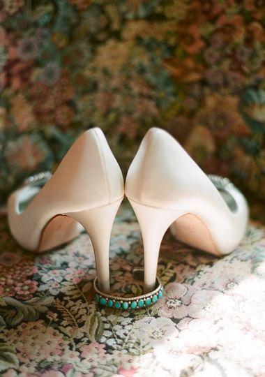 shoeswedwire