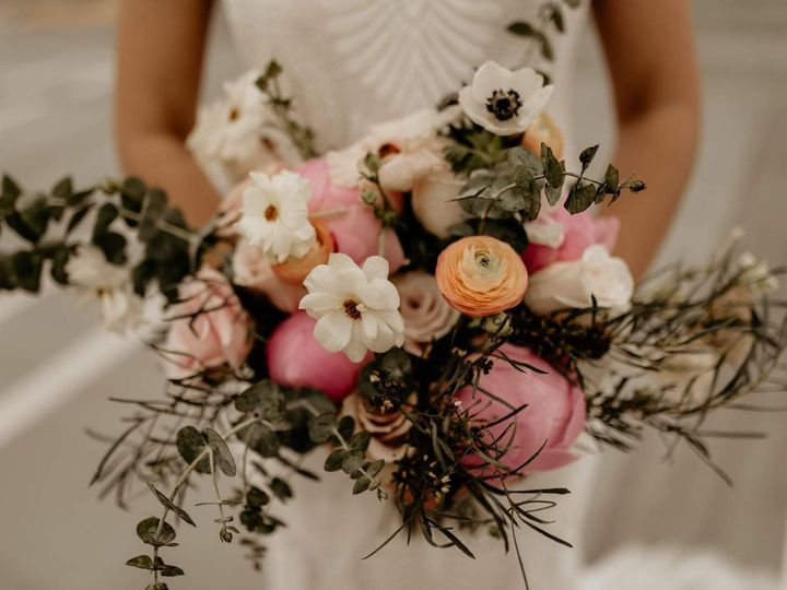 Tmx Fb Img 1558925846240 51 767004 161911280178317 Detroit, MI wedding florist