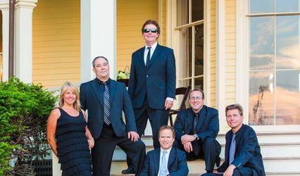Nancy Paolino & the Black Tie Band