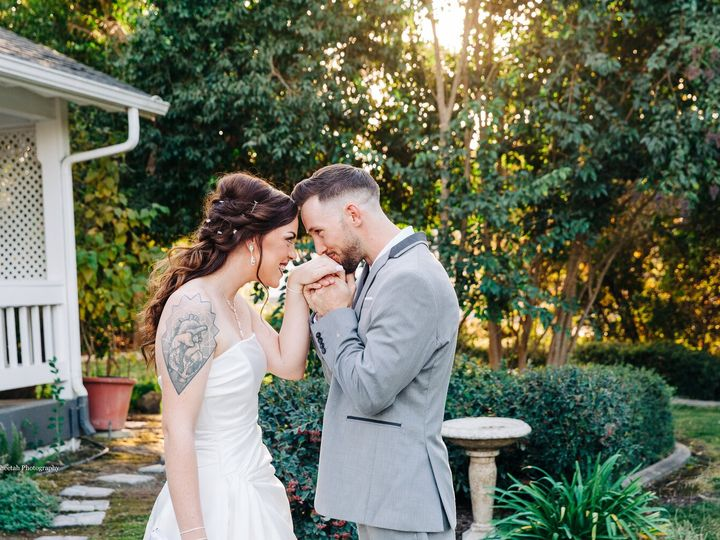 Tmx Rebekahdaviddjcheetahcheetahphotographysanluisobispocagroveson41395 2 Jpgpswm 51 178004 158770391360724 San Luis Obispo, CA wedding photography