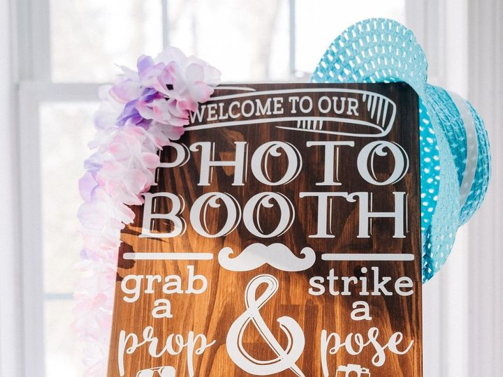 Tmx Photo Booth Sign 51 1009004 1566564639 Epping, NH wedding planner