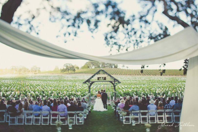 Ceremony Inn Back Lawn