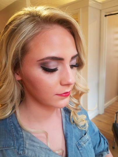 Eyeshadow and pink lip