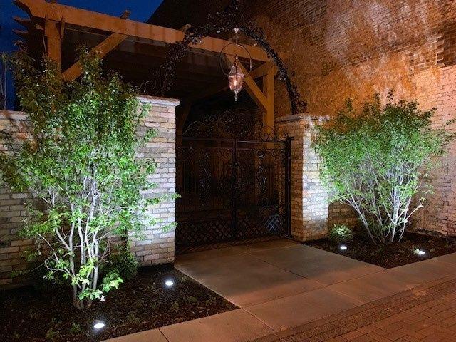 Tmx The Urb Garden At Night 51 946104 1562692576 Burlington, Wisconsin wedding venue
