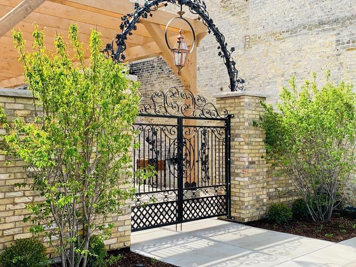 Tmx The Urb Garden Entrance 51 946104 1562692577 Burlington, Wisconsin wedding venue