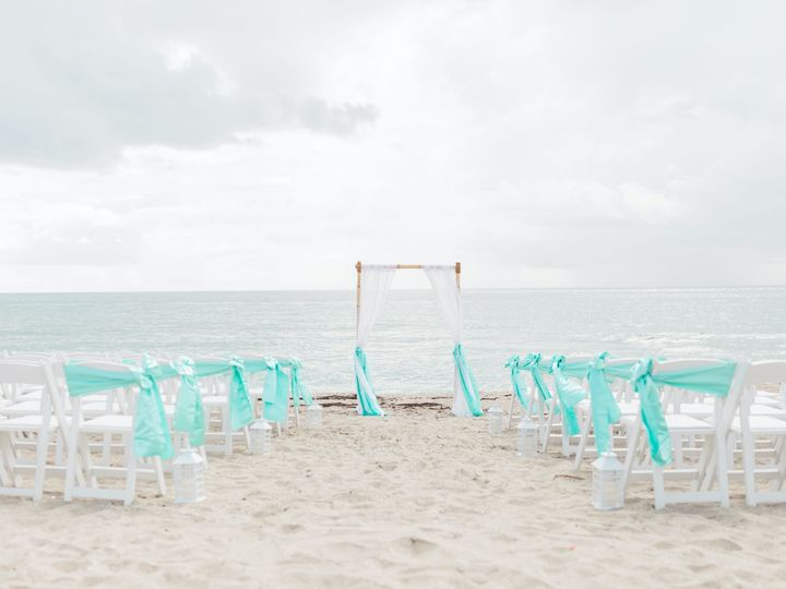 Tmx Untitled 552 51 686104 1563477371 Lake Worth wedding planner