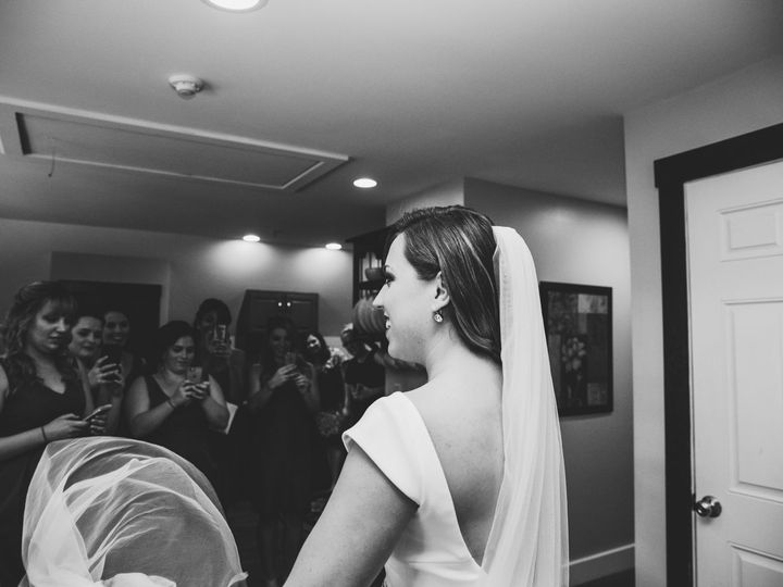 Tmx 1516141140 25a4f2b57670ea11 1516141138 F240d0256ce87f5d 1516141136386 1 Wildlimaphotograph South Portland, ME wedding videography