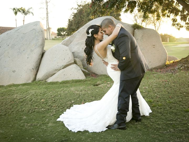 Tmx 1526931154 3223abba4212f6ad 1526931151 175f215ec772ccf7 1526931145199 5 DFLR060 San Diego wedding photography