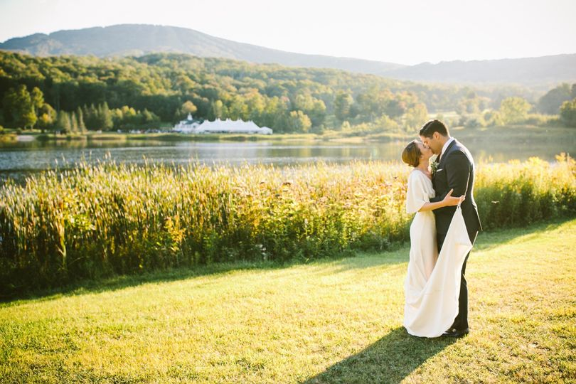 20 st shanegodfrey lakehousewedding bridegroom 19 51 500204 1564689532