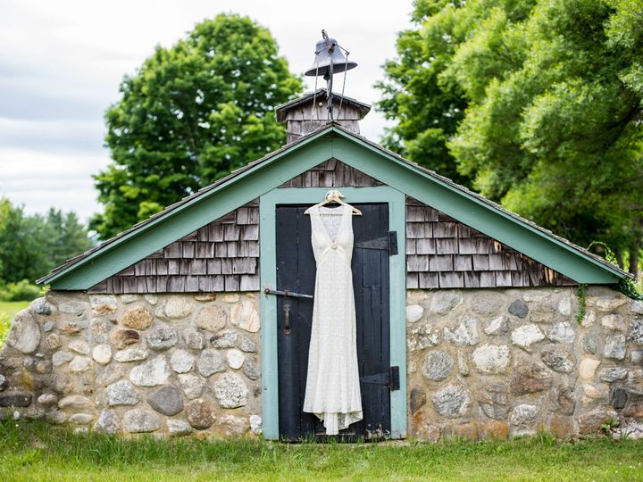 Tmx 1457143054301 Jackie Nate Wedding Getting Ready 0007   Copy Burlington, VT wedding planner
