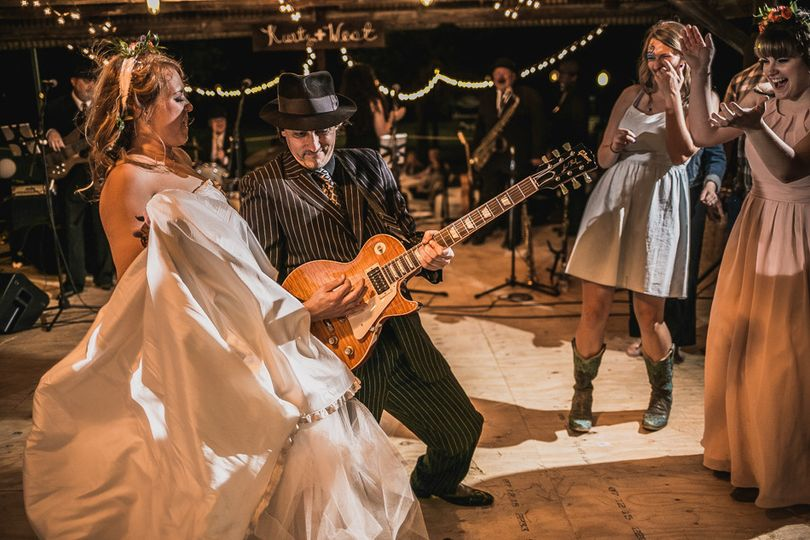 The bride with The Texas Gypsies
