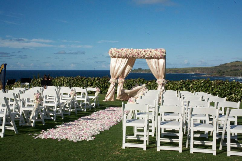 8f8bd970b128c336 1424728803066 ritz carlton kapalua maui wedding ceremony lawn1