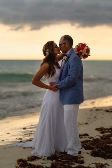 Beachfront Mexico wedding