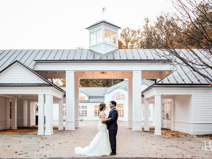 Tmx 1518537220 5e80dfdef6552a48 1518537218 95ef7001b2ee2db0 1518549622683 5 HSB17 45 Charlottesville, VA wedding planner