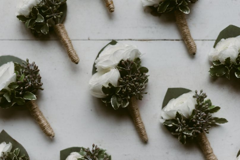 Boutonnieres galore!