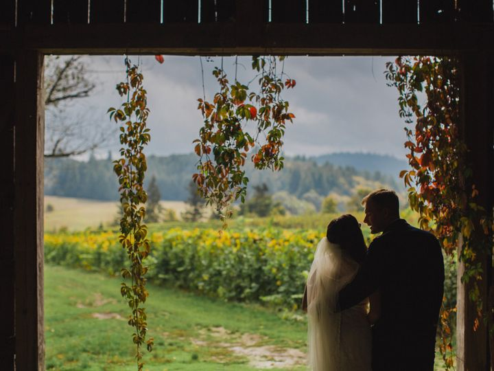 Tmx 172 Travis Kourtney Wedding 51 94304 Salem, OR wedding venue
