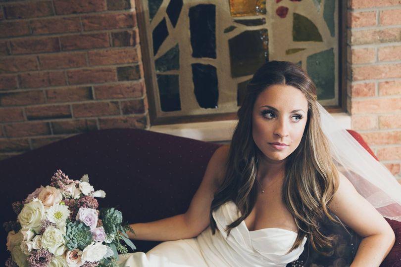 Hair and Makeup: Heather Baumgras-Sapp Photography: Blue Bird Photography