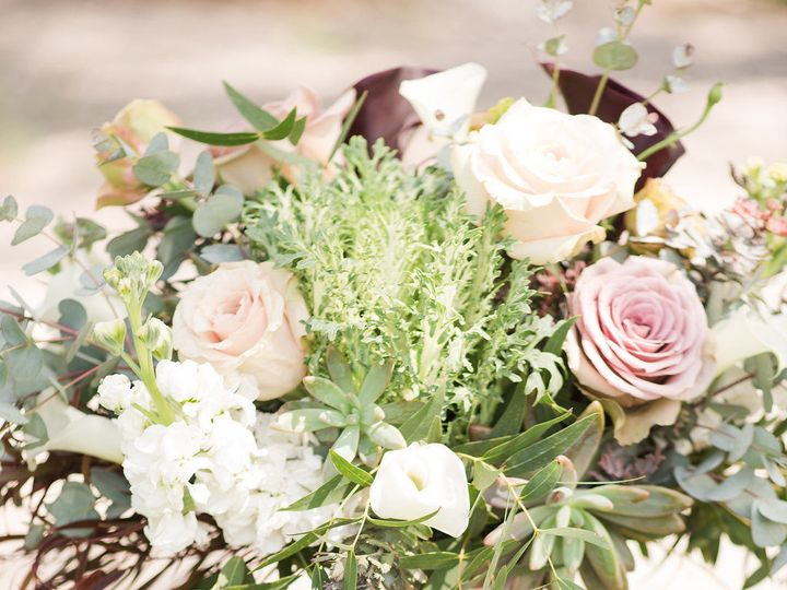 Tmx 1518723813 Ec80353e12f5af1d 1518723777 Dfabecfe884dba9a 1518723771412 15 Kate Dylanwedding Billings wedding florist
