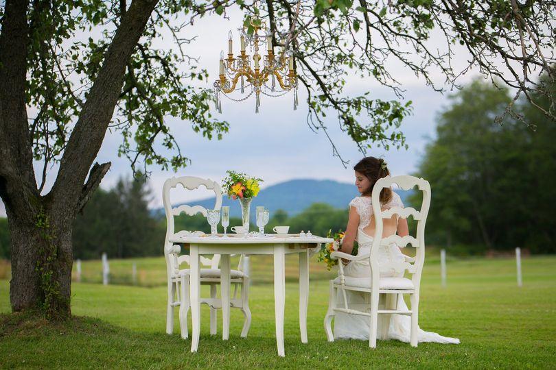 Sweetheart Table Rental