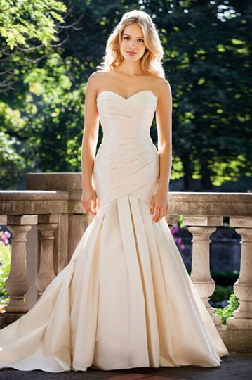 The white magnolia dress attire greenville sc for Wedding dresses greenville sc