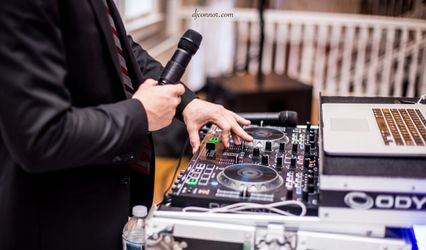 Engagement Sounds Wedding DJ  1
