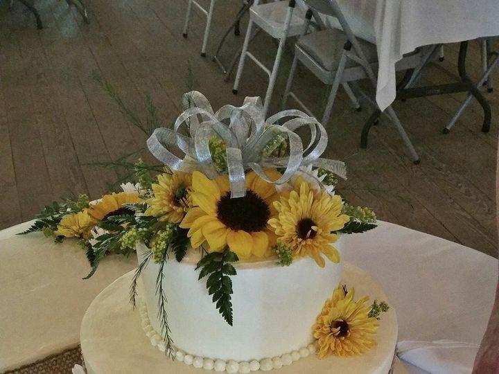 Tmx 1498006939105 147538723785739624744155565861447330111918o Crawfordsville, Indiana wedding cake