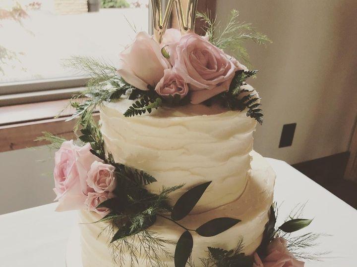 Tmx 60952140 927425067589299 2745397577263349760 N 51 977404 1570641756 Crawfordsville, Indiana wedding cake
