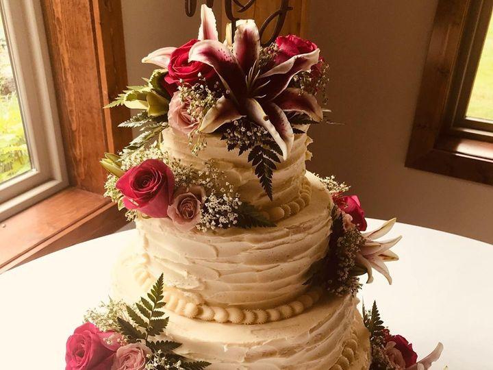 Tmx 64787608 949151868749952 8755488122218741760 N 51 977404 1570641758 Crawfordsville, Indiana wedding cake