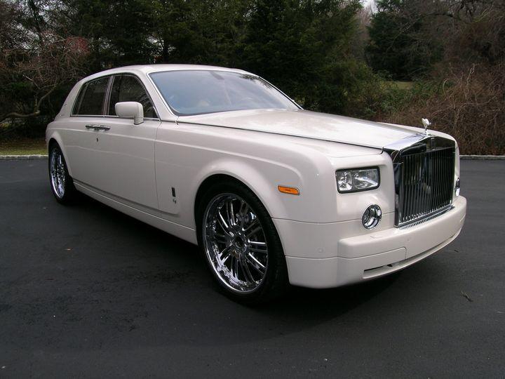 M & V Limousine, Ltd