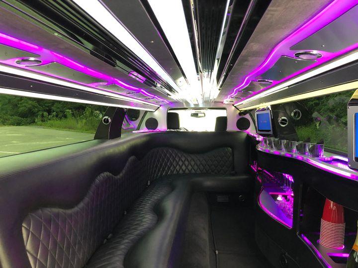 10 Passenger Chrysler 300 Limo