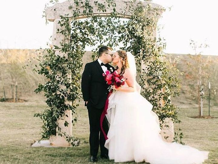 Tmx 1528541756 8a32c92408bc3b41 1528541754 88cdaff33dcbeb7d 1528541742134 7 12 Oklahoma City wedding planner