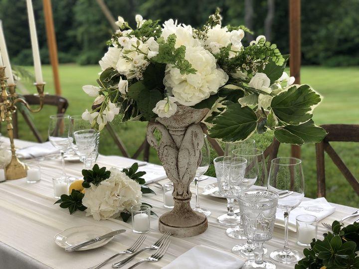 Stone swan specialty vases