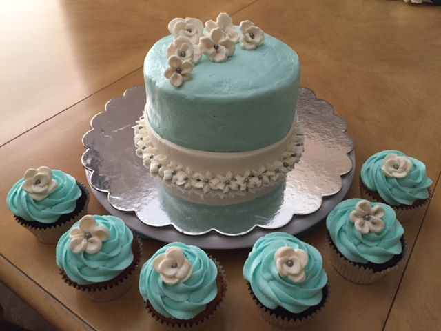 Bridal Shower Small Cake and Cupcakes