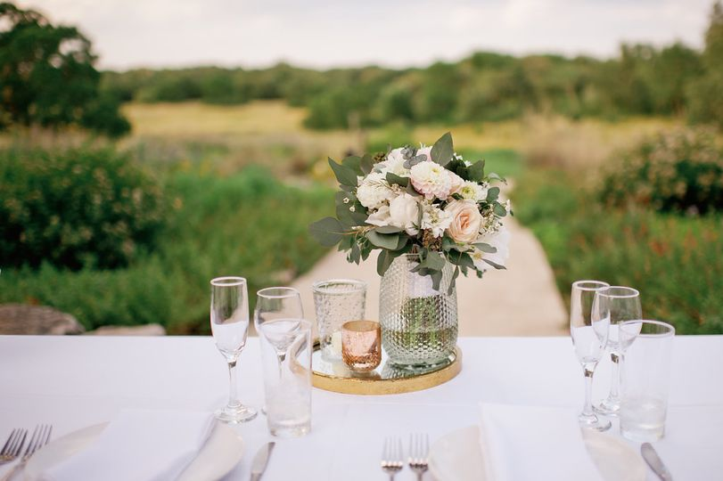 Sweetheart table with a view