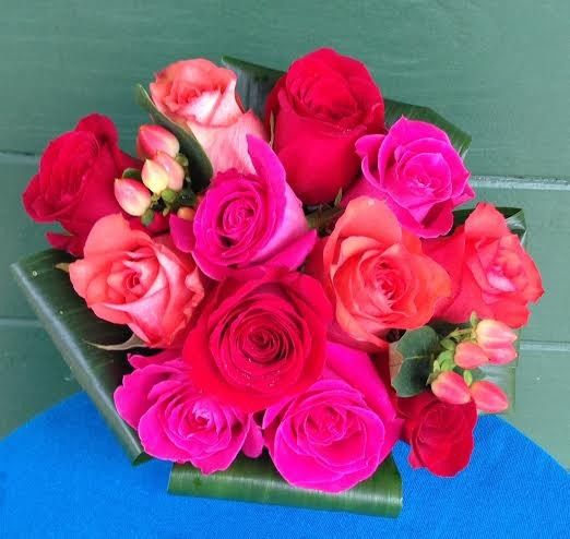 800x800 1403621747893 red and pink rose bouquet