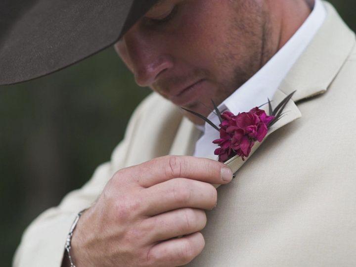 Tmx 1533353405 2664cb5ac04f0cdf 1533353403 D84a79ec5c7fc93b 1533353404000 9 Flower 6 League City, TX wedding videography