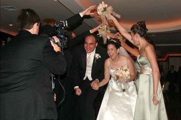 Tmx 1247683512095 IMG8762 Valhalla wedding dj