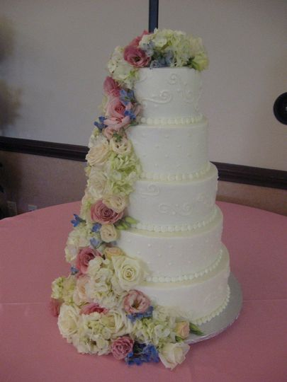 wedding cakes concord nc icing on the edge wedding cake concord nc weddingwire 24102