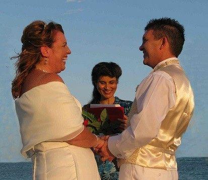 Stress-free elopement wedding ceremony on the beach.