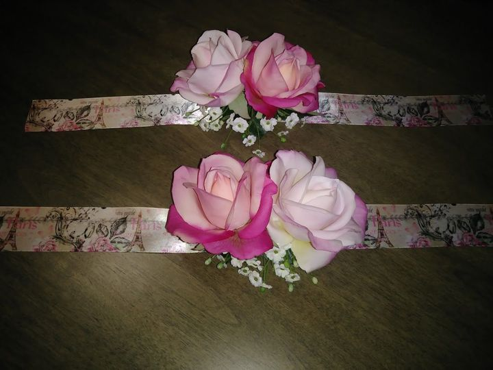 Tmx 1533674956 3635e7b8a1ce454c 1533674955 9398b3d6eebb923f 1533674942842 7 French Script Cors Kenosha, WI wedding florist