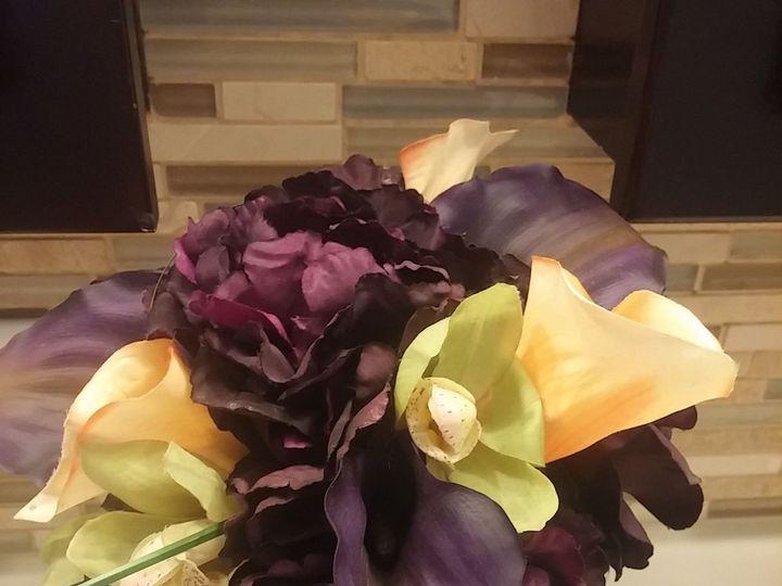 Tmx 1533675022 A7e079a4cbedb91e 1533675021 4ecaef57a7a7df35 1533675016395 17 20170811 103013 Kenosha, WI wedding florist