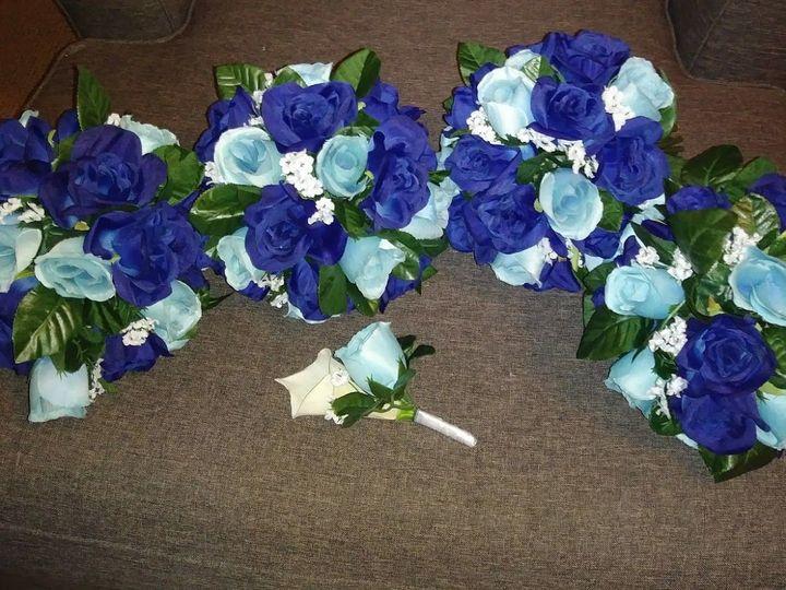 Tmx 1533675023 530fe35a2b7bacf9 1533675021 Ae610483b5a71084 1533675016357 14 Blue Roses 2 Kenosha, WI wedding florist