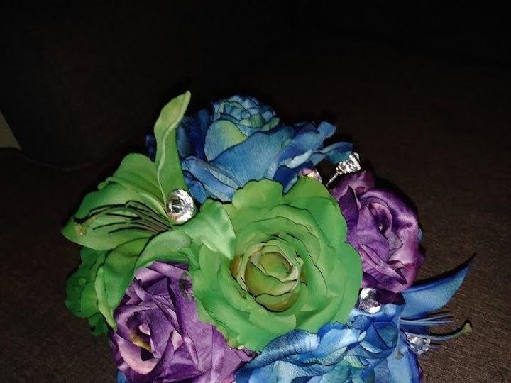 Tmx Multi Rose And Bling 4 51 949604 157653500915063 Kenosha, WI wedding florist