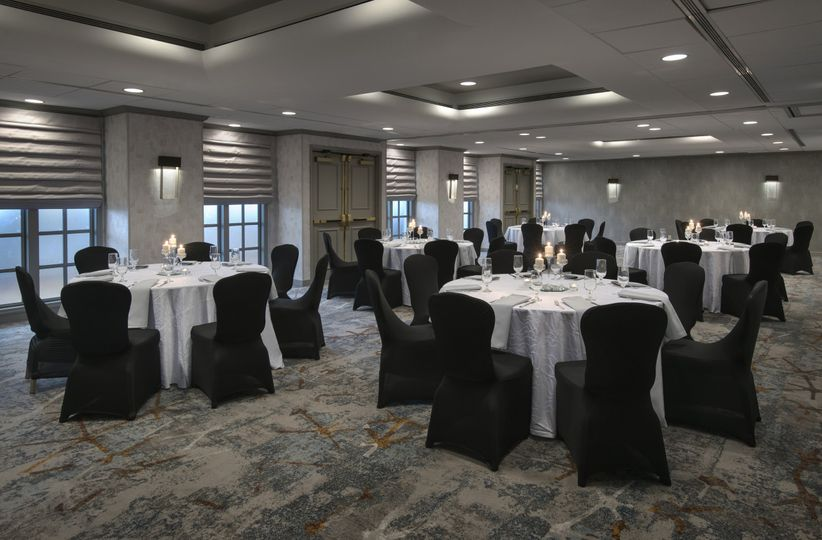 Seating events to 100 guests