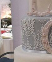 Tmx 1517422171 0f08cbd255387f89 1517422170 D175f14a3ea4f6a1 1517422170269 5 Screen Shot 2015 0 Centerport wedding cake